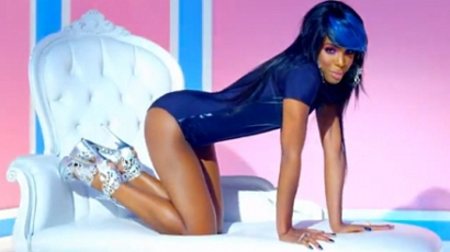 Klippremier: Kelly Rowland — Kisses Down Low