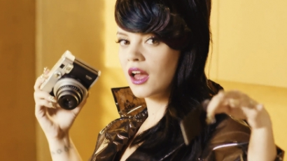 Klippremier: Lily Allen - Hard Out Here