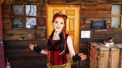Klippremier: Lindsey Stirling - Roundtable Rival
