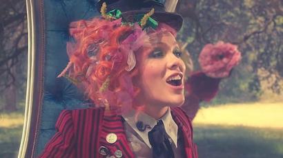 Klippremier: Pink – Just Like Fire