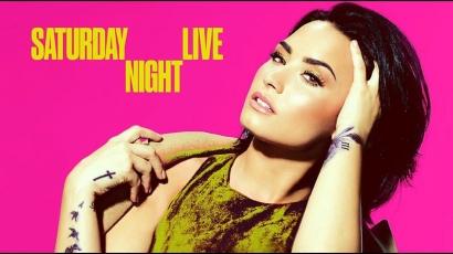 Könnyeivel küzdött a Saturday Night Live színpadán Demi Lovato