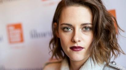 Kristen Stewart színt vallott: valóban egy párt alkotnak Alicia Cargile-lel