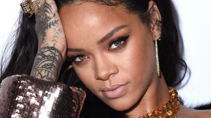 Kukkants bele Rihanna legújabb klipjébe!