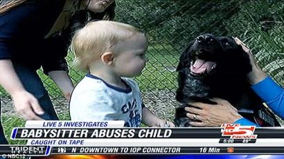 Kutyája mentette meg a babát bébiszittere bántalmazásától