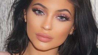 Kylie Jenner kellemetlen helyzetbe hozta saját magát