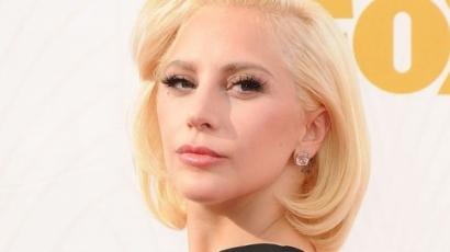 Lady Gaga még sosem volt ennyire nőies