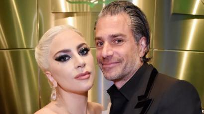 Lady Gaga menyasszony lett