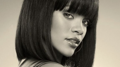 Lebukott! Rihanna a Toyota örökösével enyelgett – fotók