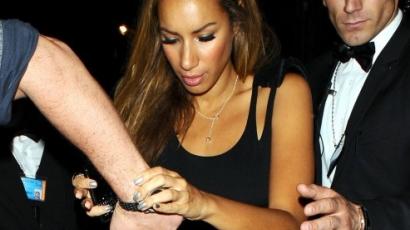 Leona Lewis drágán bulizik
