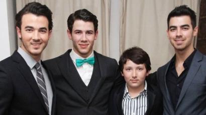 Letartóztatták a legkisebb Jonas-fiút