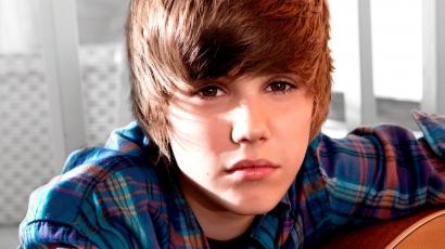 Nem törlik Justin Bieber Babyjét YouTube-ról