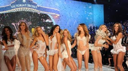 Lezajlott a Victoria's Secret Fashion Show 2013 – képekkel