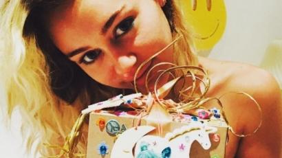 Liam Hemsworth a tökéletes pasi! Így lepte meg Miley Cyrust születésnapja alkalmából