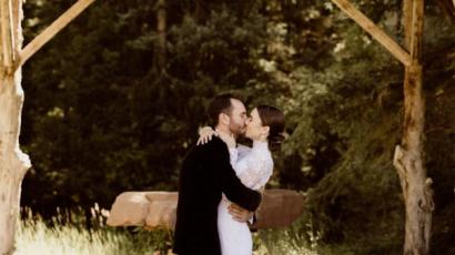 Lily Collins férjhez ment: itt vannak az első képek!