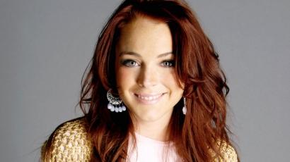 Lindsay Lohan elrejtőzik a világ elől