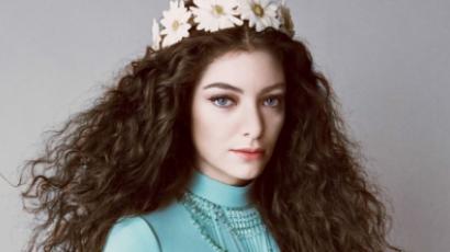 Lorde smink nélkül sokkolta rajongóit