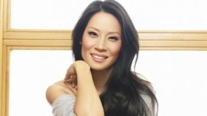 """Lucy Liu: """"Az anyaság minden pillanata egy csoda"""""""