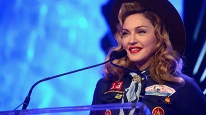 Madonna is beszólt a melegellenes szervezetnek