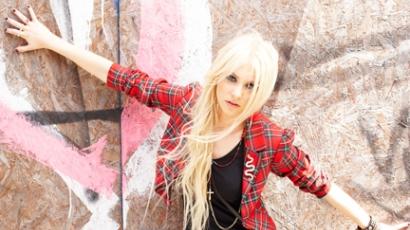 Madonnáék kirúgták Taylor Momsent