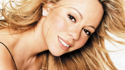 Mariah Carey dallal gratulál Obamának