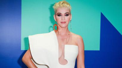 Megfeneklett Katy Perry karrierje? Fillérekért lehet hozzájutni a koncertjére szóló jegyekhez