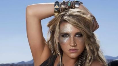 Megható szavakkal mondott köszönetet rajongóinak Kesha