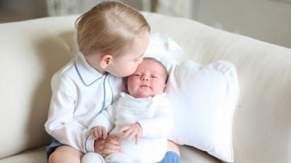 Megjelentek az első hivatalos fotók Charlotte hercegnőről