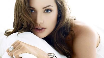 Meglepő: Angelina Jolie kétségbeesetten könyörgött egyik korábbi szerepéért