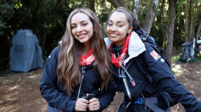 Megmászták a Kilimandzsárót a Little Mix sztárjai