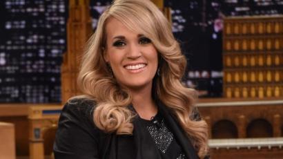 Megmutatta kisfiát Carrie Underwood