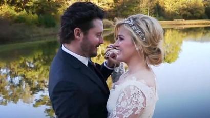 Megmutatta kislányát Kelly Clarkson