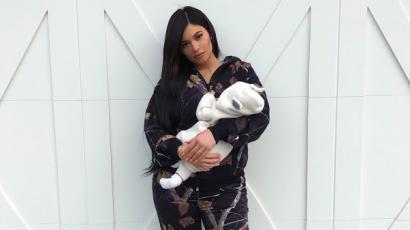 Megmutatta kislányát Kylie Jenner