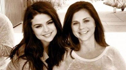 Megszületett Selena Gomez kistestvére