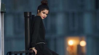Bimbót villantott Selena Gomez