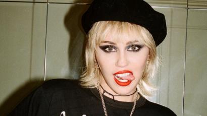 """Miley Cyrus: """"A küldetésemnek tartottam, hogy önmagam legyek és úgy éreztem, csaló vagyok"""""""