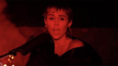 Miley Cyrus feldolgozta a legendás Pink Floyd egyik slágerét