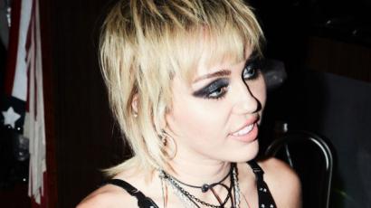 Miley Cyrus szerint itt lenne az ideje, hogy családja kikövesse őt
