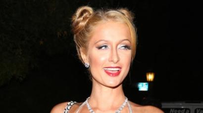 Miley Cyrusnak öltözött Paris Hilton