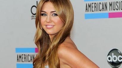 Miley Cyrust kövérnek tartják