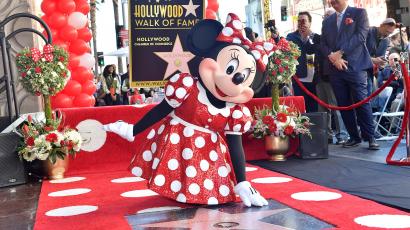 Minnie Egér csillagot kapott a hollywoodi Hírességek sétányán