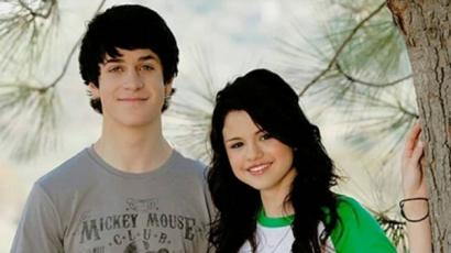 Nagyon úgy tűnik, hogy Selena Gomez és David Henrie készül valamire
