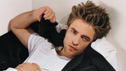 Nem hiszed el, mivel töltötte az elmúlt két évet Robert Pattinson!