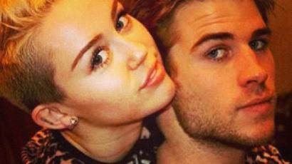 Nem tartotta be az ígéretét, és milyen jól tette! Vőlegényével mutatkozott a vörös szőnyegen Miley Cyrus