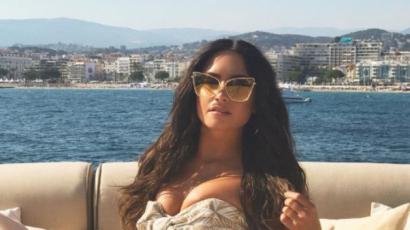 Nem túl szűk az a ruha? Demi Lovato mellei majd' kipottyannak