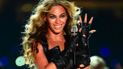 Nem várt meglepetés miatt szakította félbe koncertjét Beyoncé