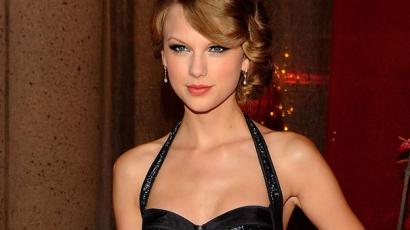 Oktatási központot nyitott Taylor Swift