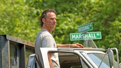 Októberben folytatódik a The Walking Dead