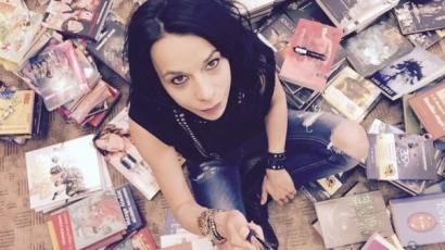 Októberben kerül a könyvesboltok polcaira Leiner Laura legújabb kötete