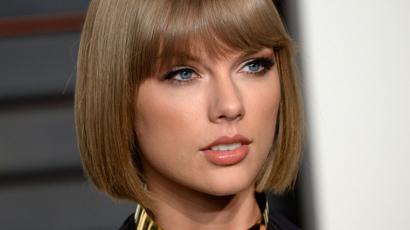 Otthonában zaklatták Taylor Swiftet
