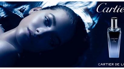 Palvin Barbi a Cartier parfümreklámjában